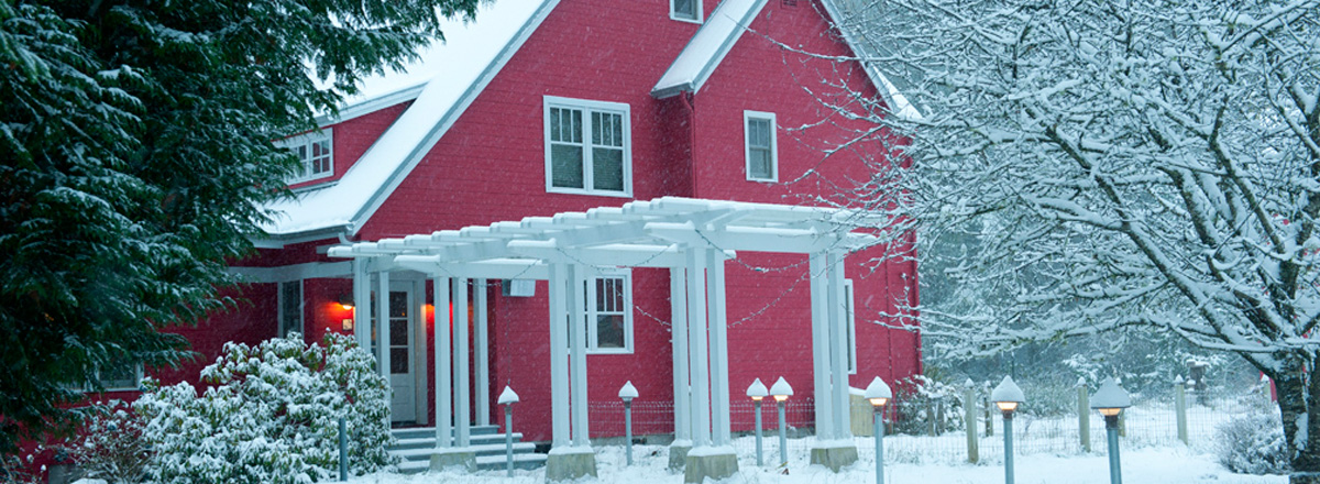 Bainbridge Island home in snow